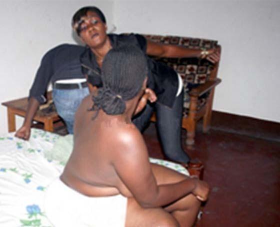 Fully nude women gif