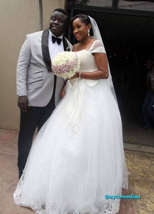 Nigerian Celebrity Wedding Dresses : Moved permanently